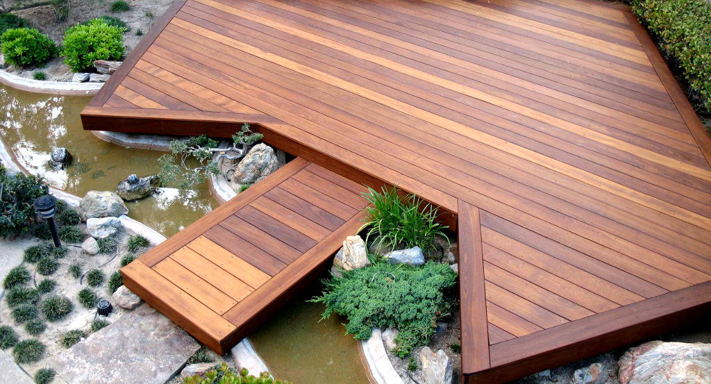 decks oakville landscaping